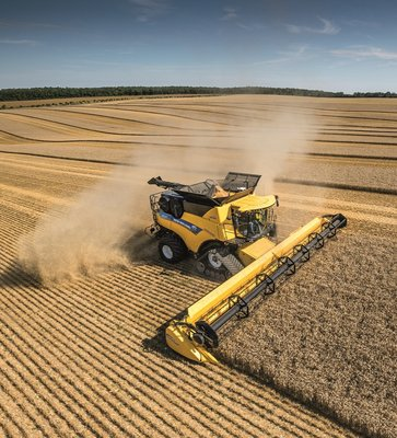 ITT News. Moissonneuse-batteuse New Holland CR Revelation